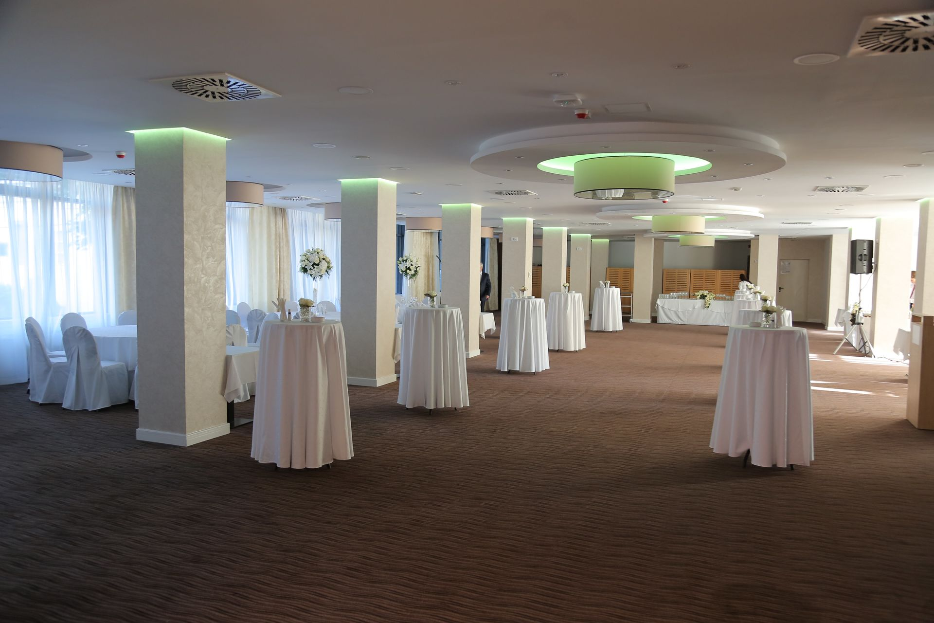 banquet-restoran-new-city-hotel-1