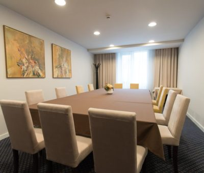 new-city-hotel-boardroom-01